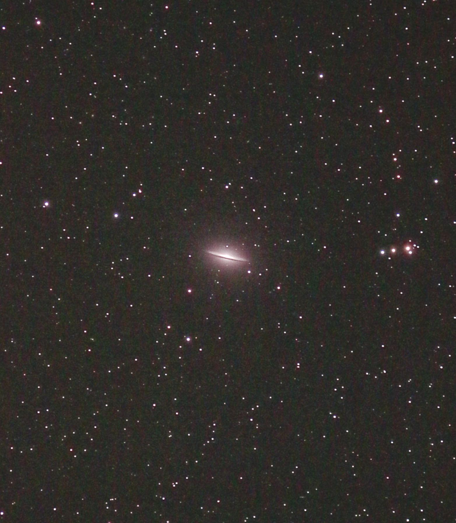 M104_ソンブレロ銀河